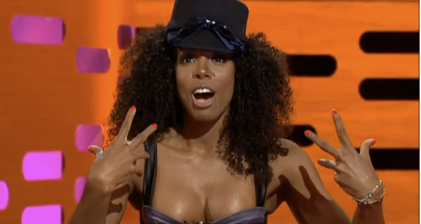 OMG! Kelly Rowland's Dolphin Pooped In Her Face