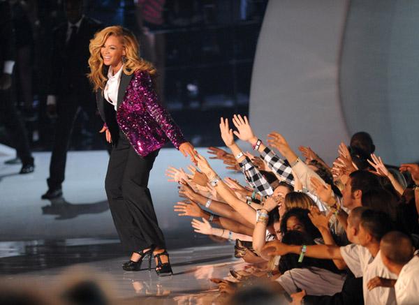 Beyonce_2011vmas