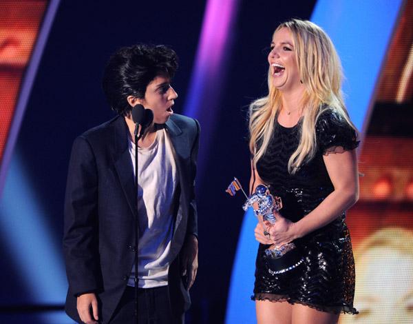 Britney_gaga_vmas