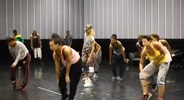 Rihanna_whyb_rehearse