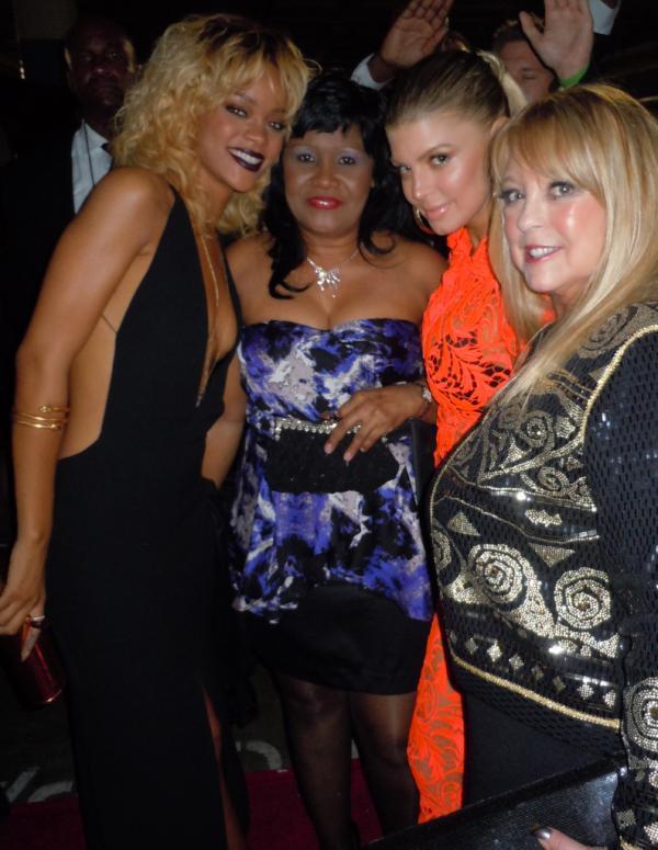Rihanna-fergie-mom